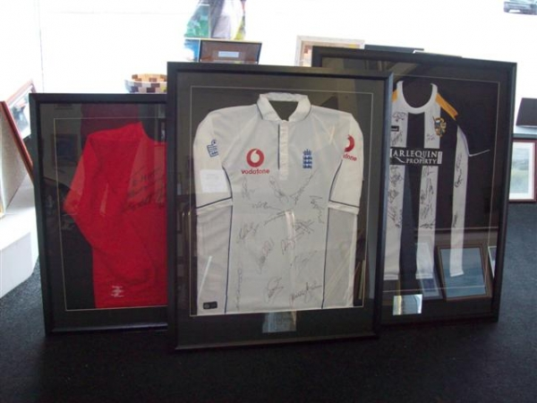 key features of a framed sports shirt